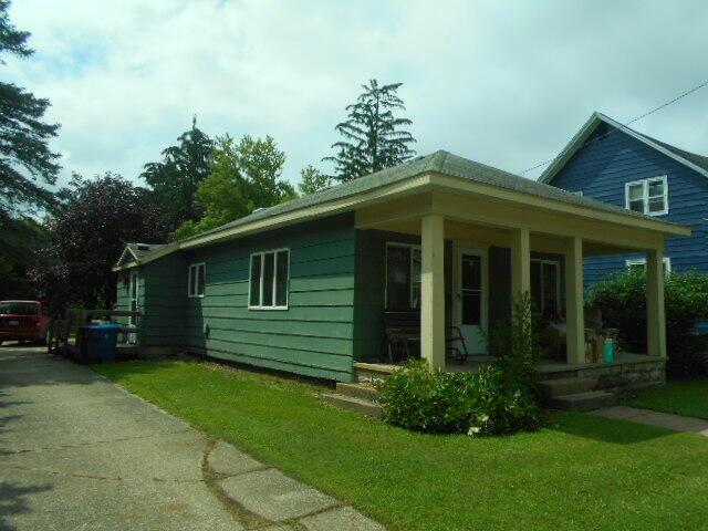 105 N Columbia Ave Scottville, MI 49454