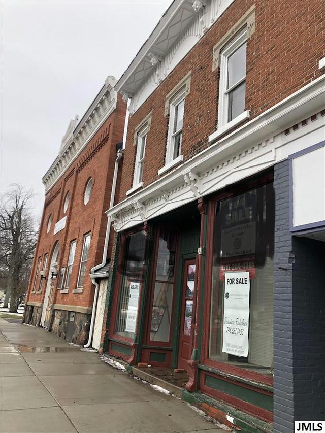 104 S Main St Concord, MI 49237