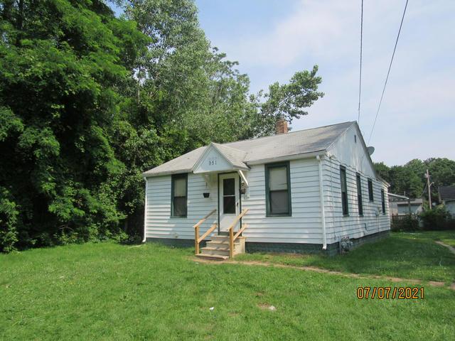 951 Waucedah Ave Benton Harbor, MI 49022