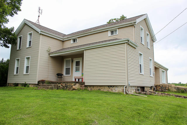 15964 Griswold Rd Manitou Beach, MI 49253