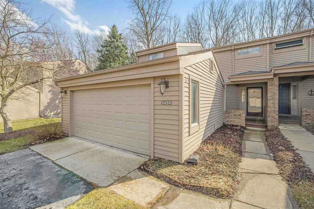 5459 Parkgrove Rd 9 Ann Arbor, MI 48103