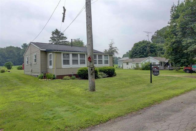 695 Swains Lake Dr Concord, MI 49237