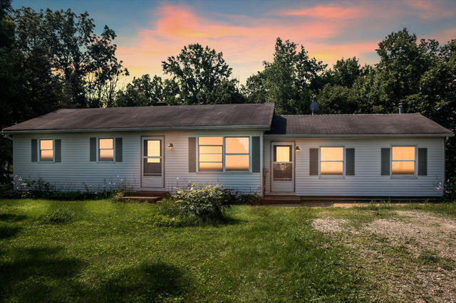 136 Russell Dr Dowling, MI 49050