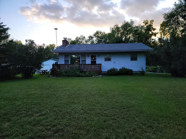 4287 N Pine Grove Rd Edmore, MI 48829