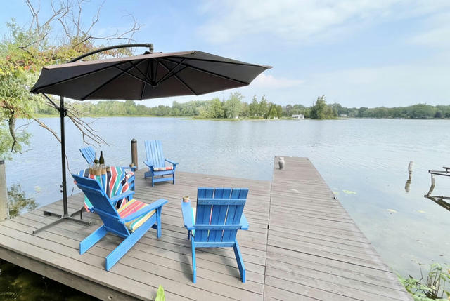 1 Pipestone Lake Dr Eau Claire, MI 49111