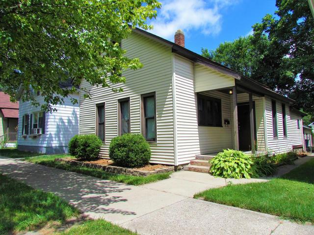 1038 White Nw Ave Grand Rapids, MI 49504