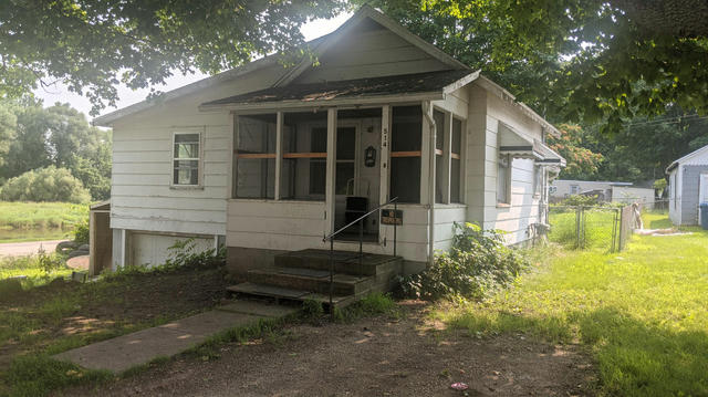 514 Middle St Nashville, MI 49073
