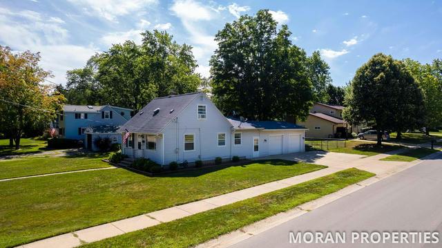 4162 Pineview Sw St Grandville, MI 49418