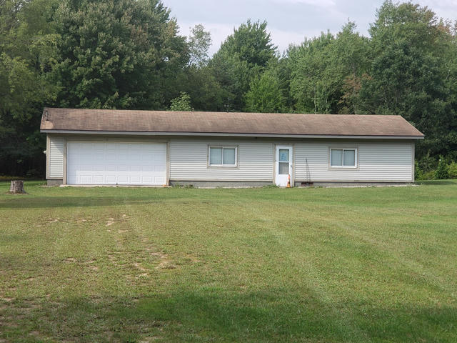 15841 Croswell St West Olive, MI 49460