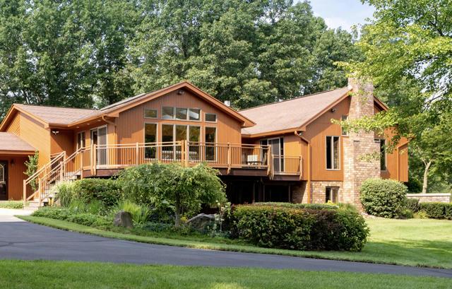 3639 Oak Meadow Se Ln Lowell, MI 49331