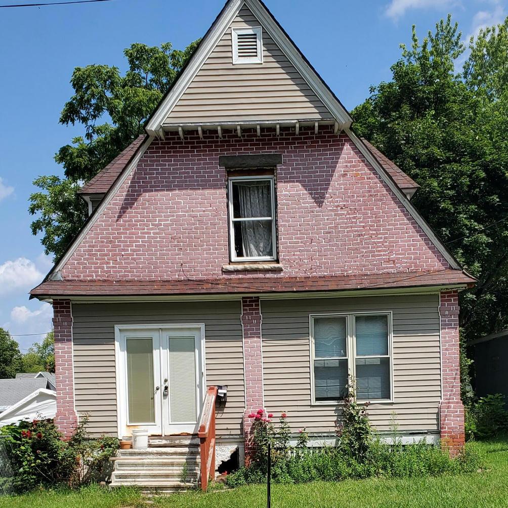 33 Tennyson Ave Battle Creek, MI 49015