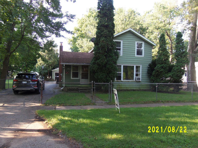 83 Washington St Galesburg, MI 49053