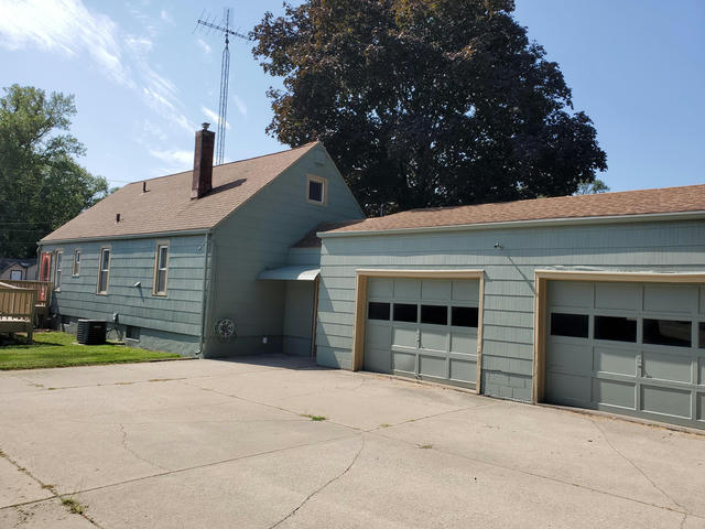 1413 E Napier Ave Benton Harbor, MI 49022