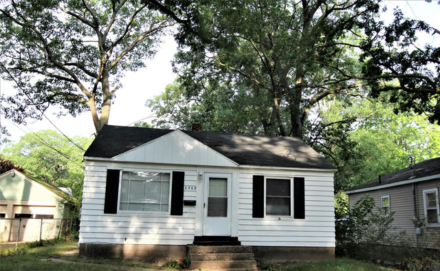 71 Crescent Ave Muskegon Heights, MI 49444