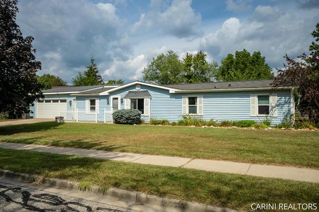 315 W Garfield Ave Zeeland, MI 49464