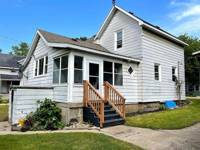 1008 Butterworth Sw St Grand Rapids, MI 49504
