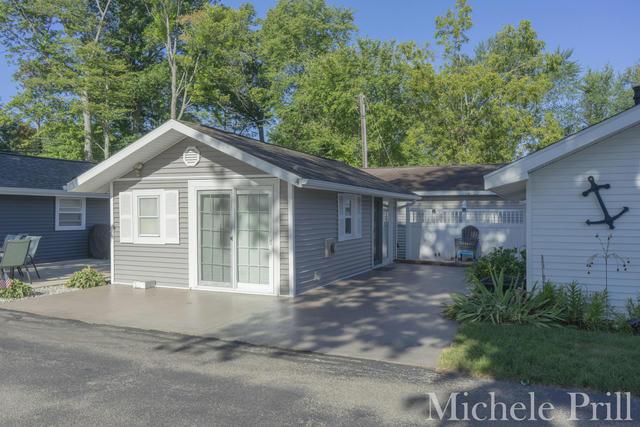 11811 Marsh #4 Rd Shelbyville, MI 49344