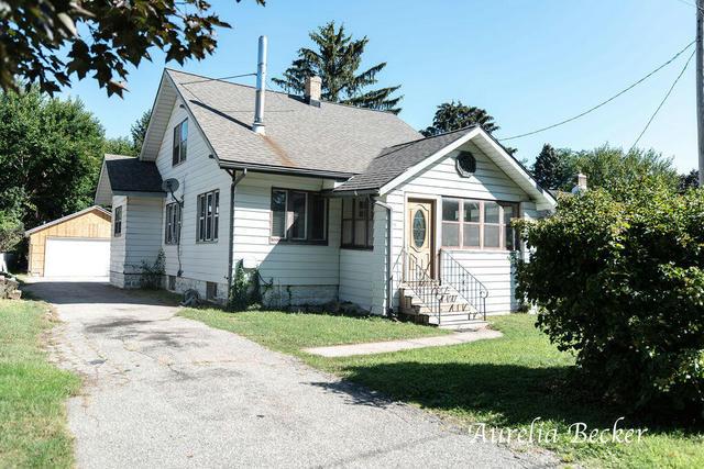 1711 Fulton W St Grand Rapids, MI 49504