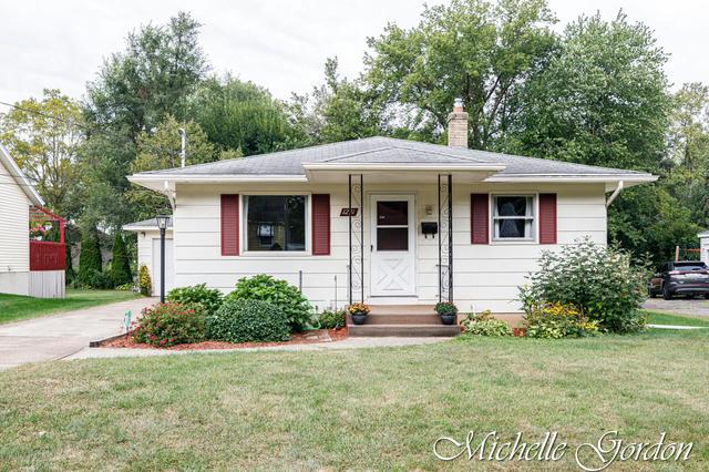 1231 Carlton Ne Ave Grand Rapids, MI 49505