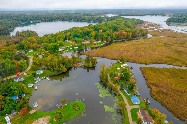 17875 Lost Lake Rd Barryton, MI 49305