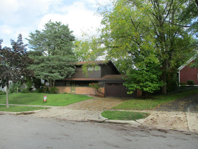 1530 Rosalind Se Rd East Grand Rapids, MI 49506