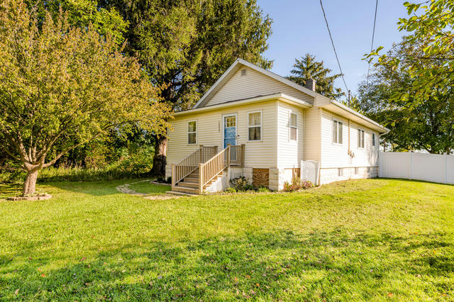 16659 Three Oaks Rd Three Oaks, MI 49128