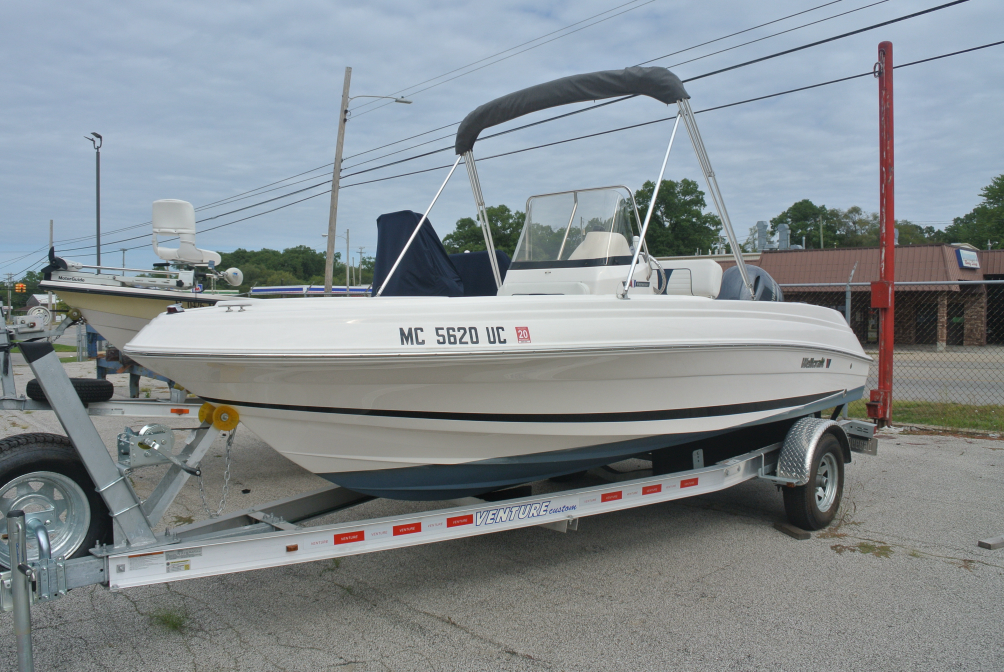 2016 Wellcraft Fisherman 180