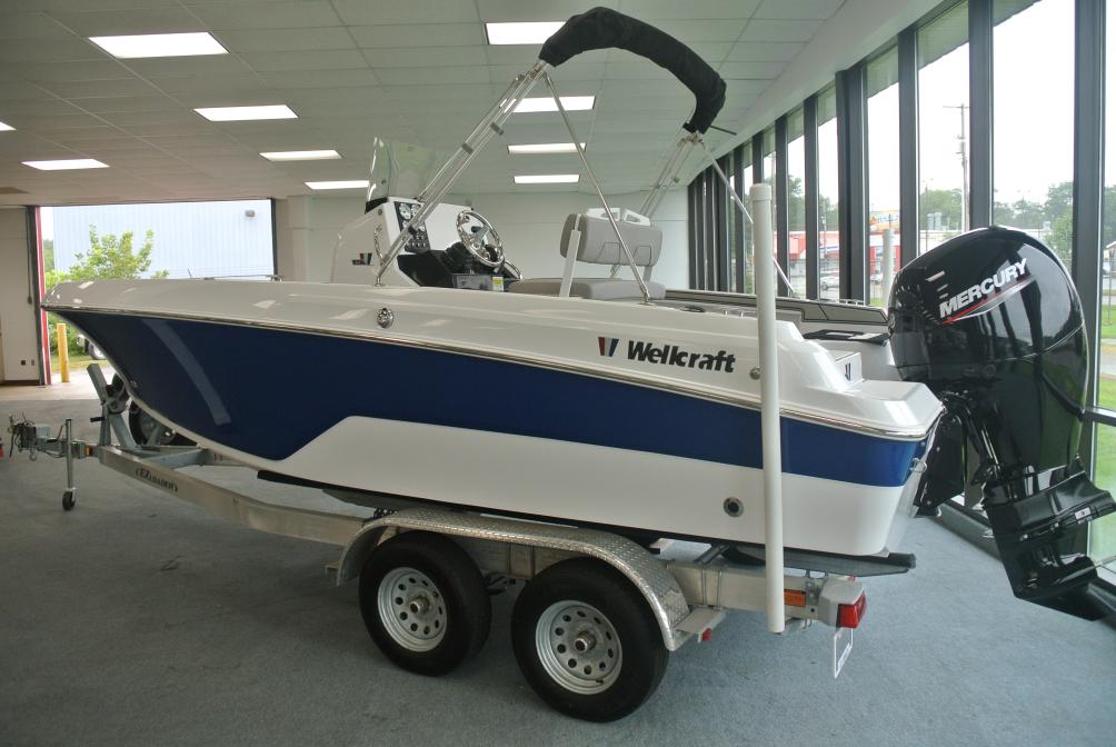 2020 Wellcraft Fisherman 202
