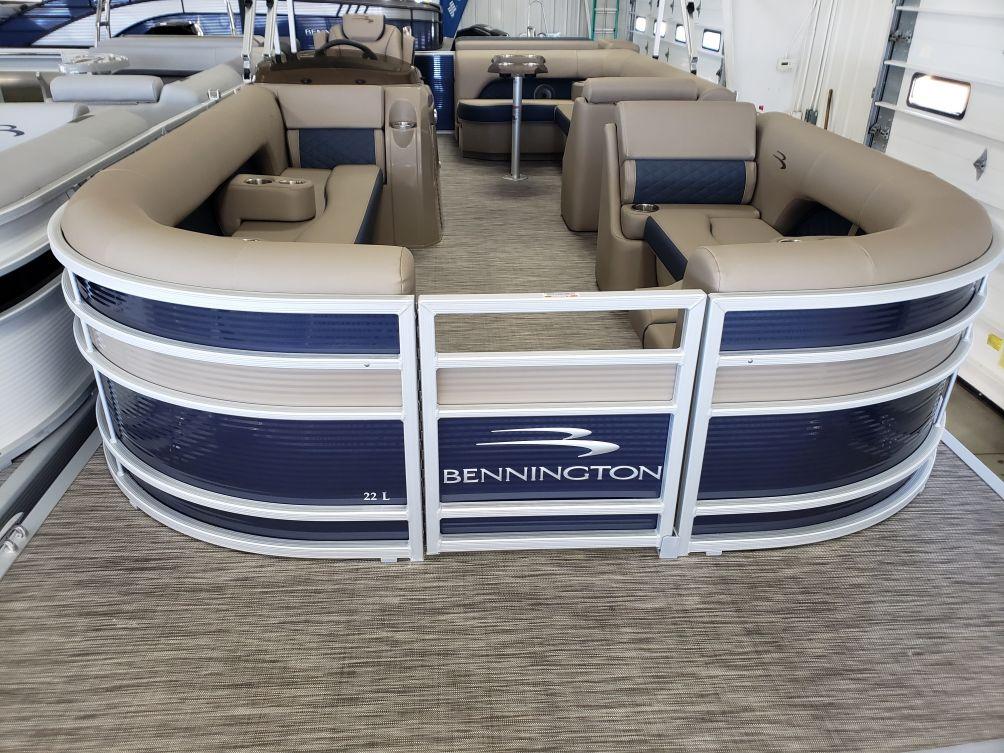 2021 Bennington L Series 22LL
