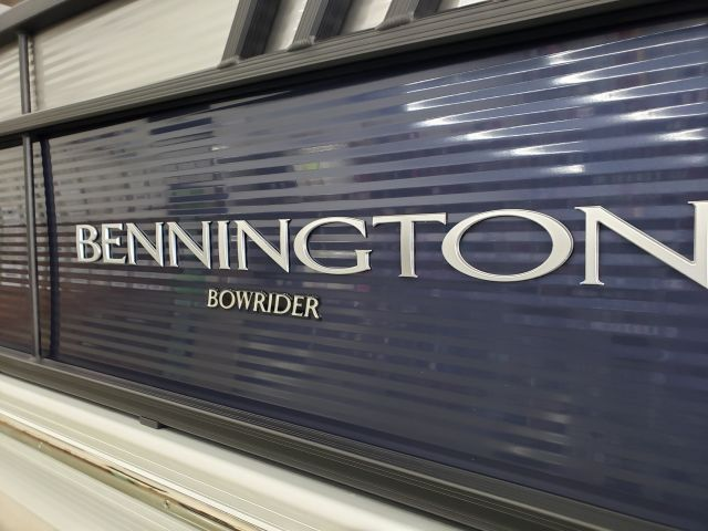 2021 Bennington LT Series 23LTSB