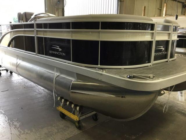 2021 Bennington SX Series 21SSBX - 14G021