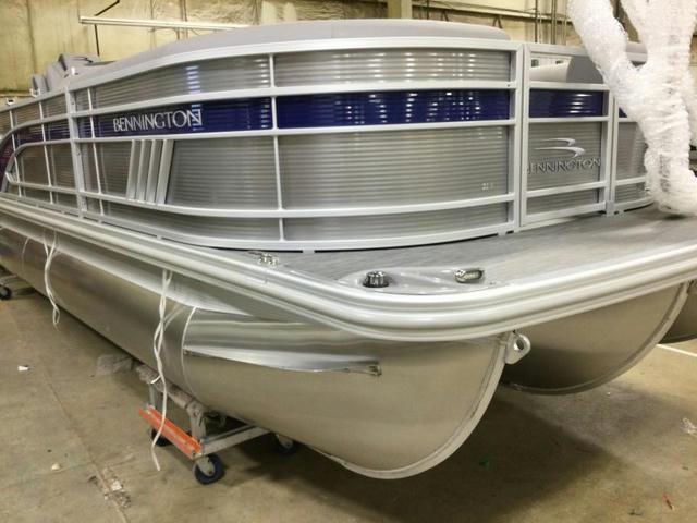 2022 Bennington L Series 22LSB - 65H122