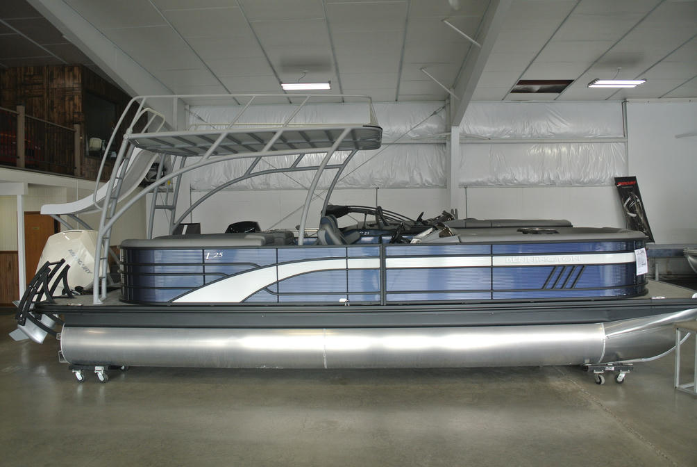 2022 Bennington L Series 25LSRTD