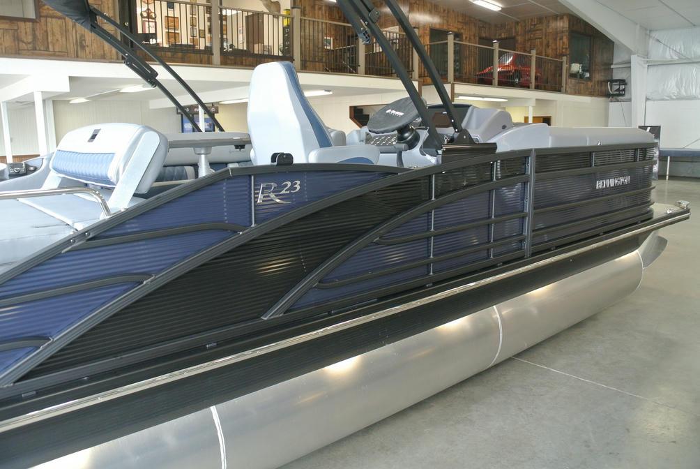 2022 Bennington R Series 23RSB