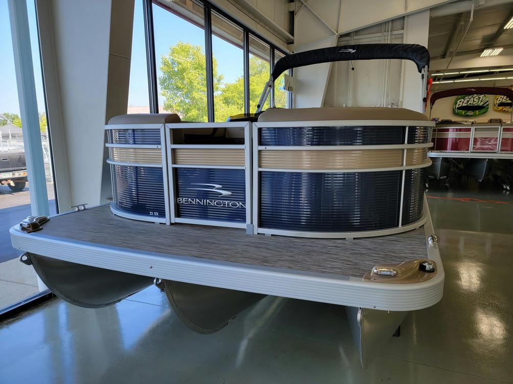2022 Bennington SX Series 21SLX