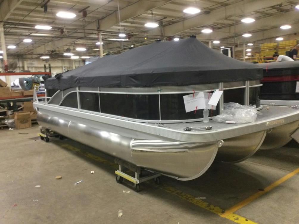 2022 Bennington SX Series 21SXL