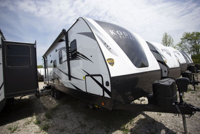 2018 Kodiak Ultimate 2711BS Exterior Photo
