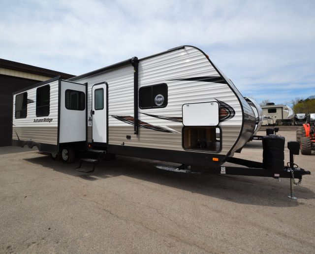 2019 Autumn Ridge Outfitter 27RLI