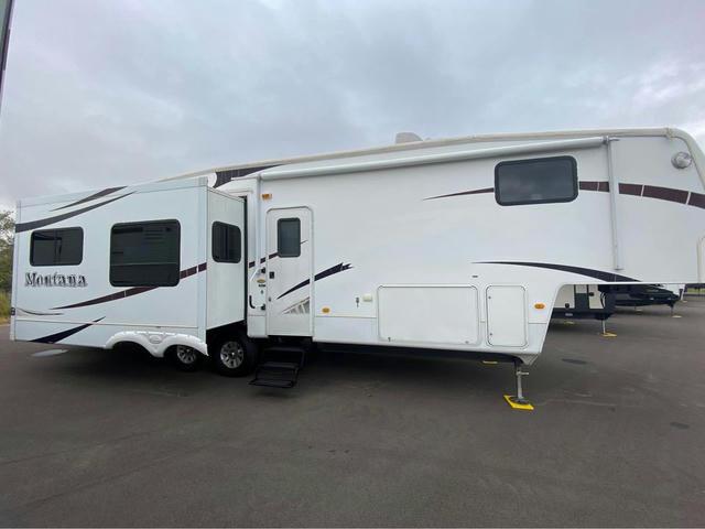 2009 Montana 3400RL