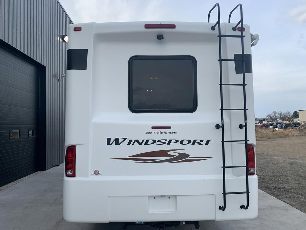 2013 Windsport 29X