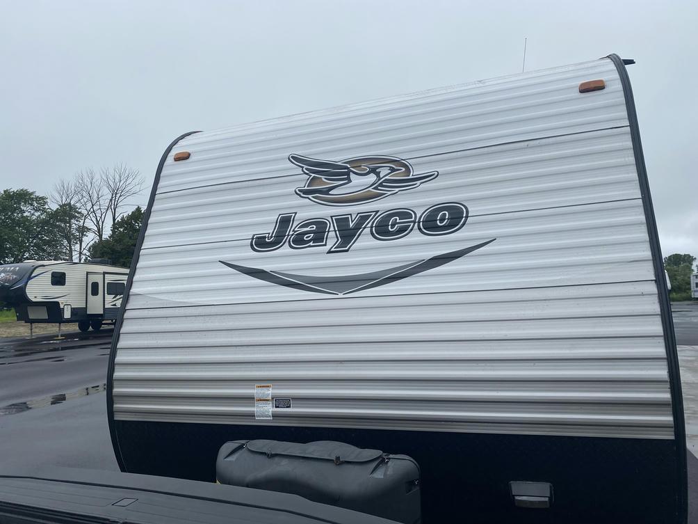 2016 Jay Flight 32TSBH