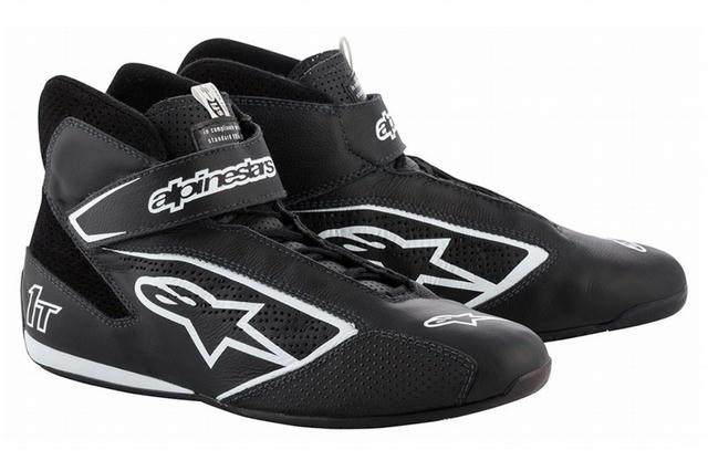 Tech 1-T Shoe Black Size 8