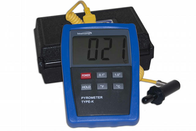 Digitial Pyrometer w/Probe and Case