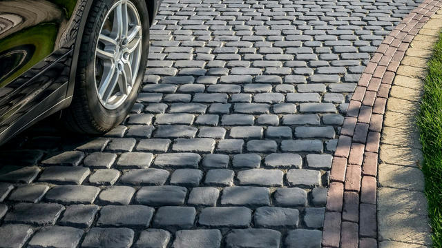 courtstone-paver-basalt-5162-2-1920x1080