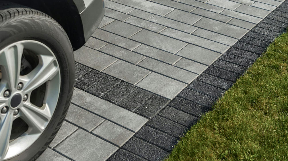 series-paver-black-granite-8074-2-1920x1080